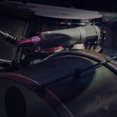 Greg Wells Using A Mono Drum Kit Mic