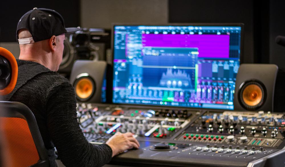 Luca Pretolesi Mixing